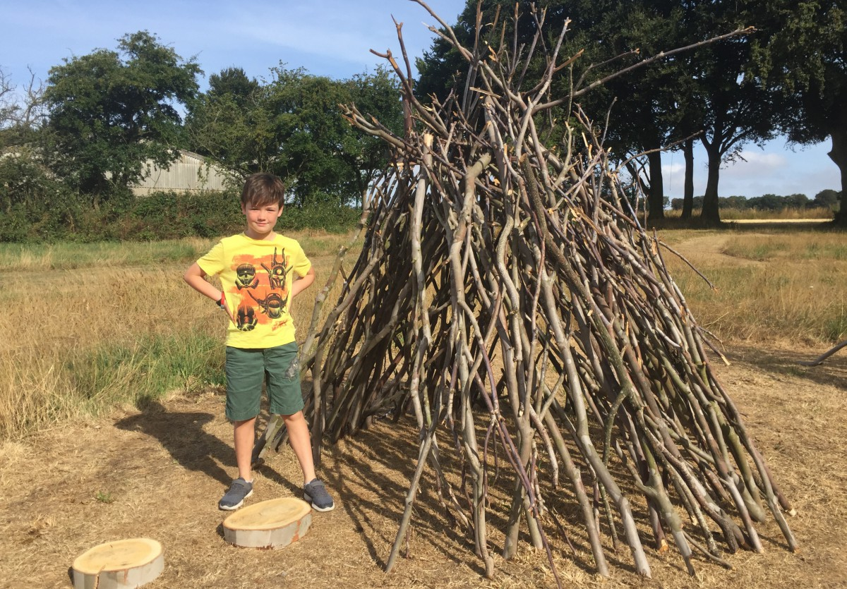 Campground den, creative play for kids at Wood Farm