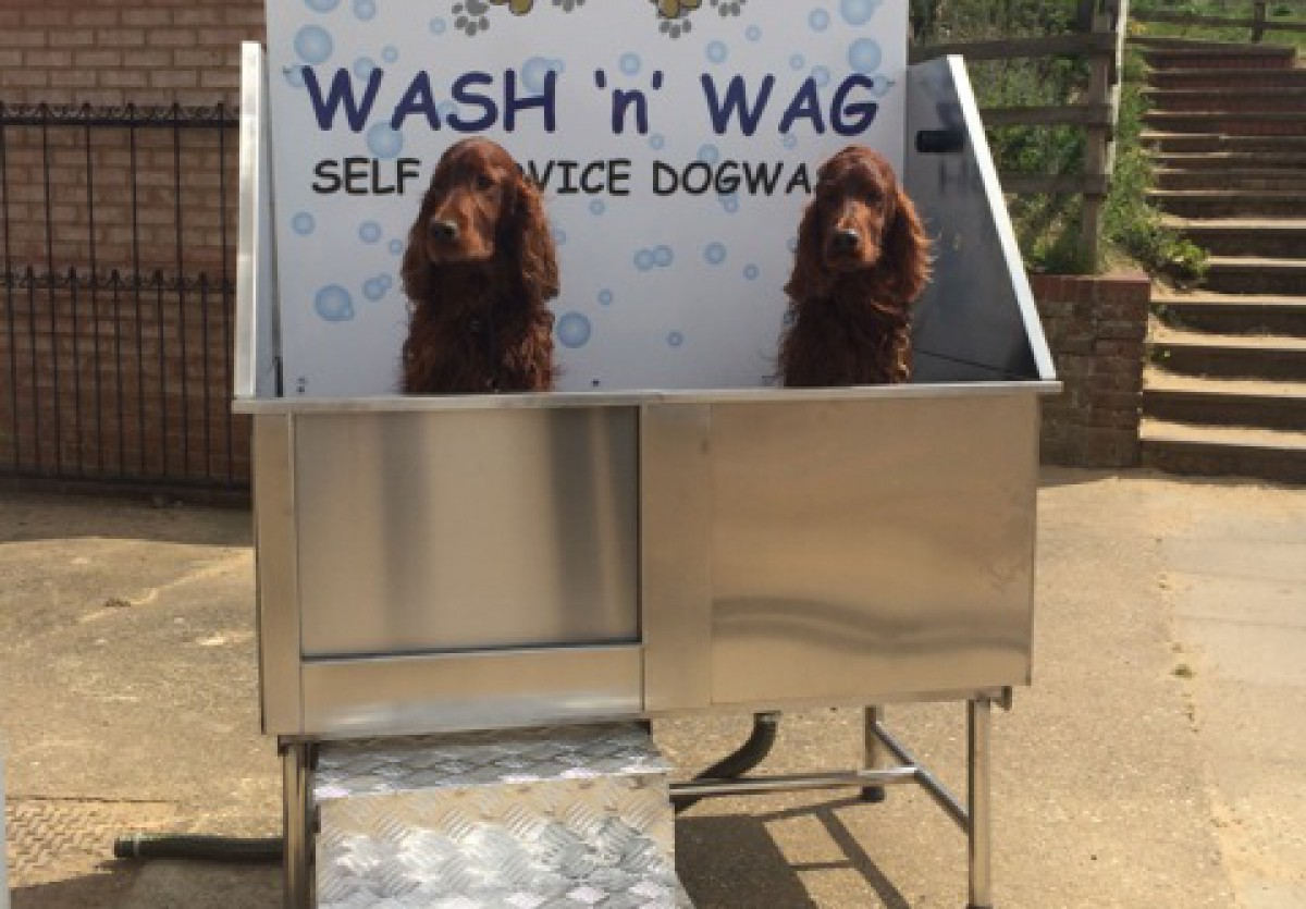 Dog washing booth at Wells Beach